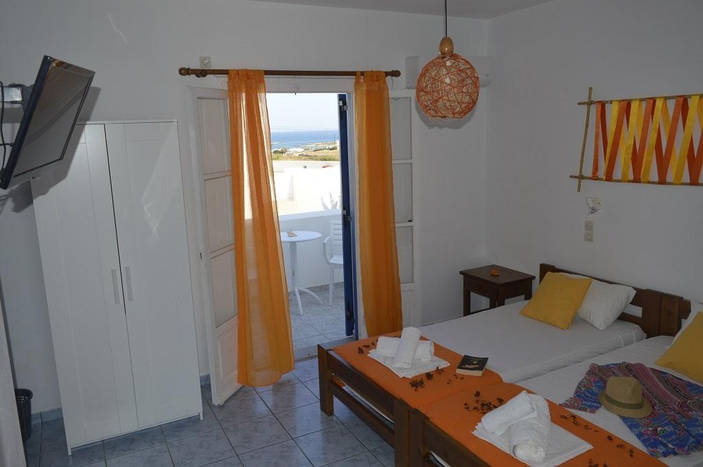 Double room Isalos Hotel Paros