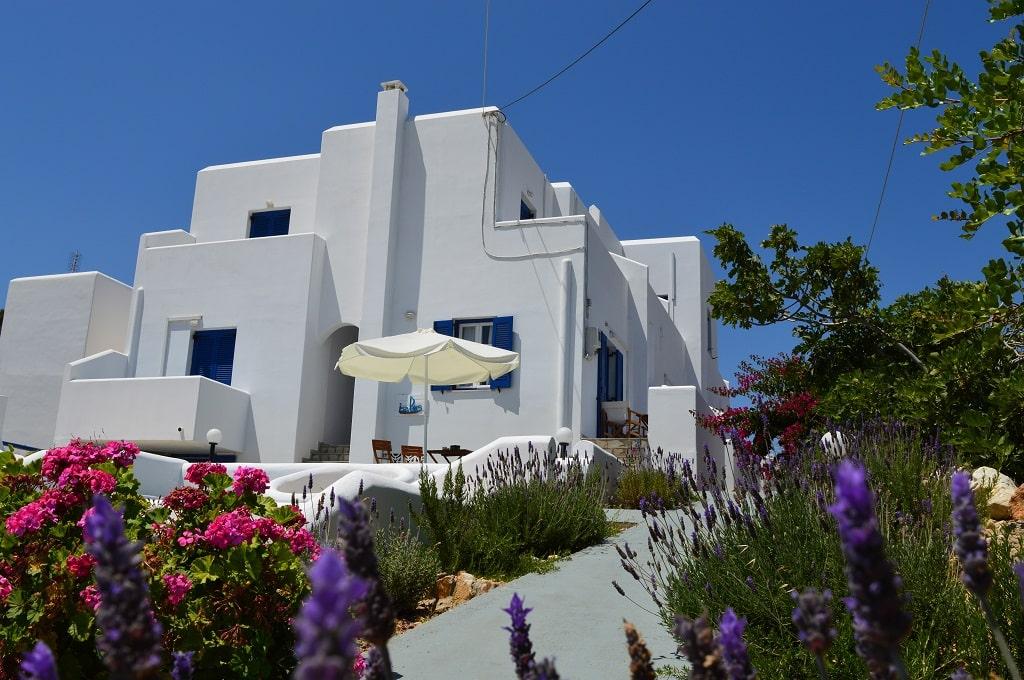 Paros Hotels Naousa